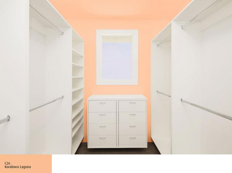 Garderoba, ściany pomalowane Magnat  Ceramic Koralowa Laguna C26
